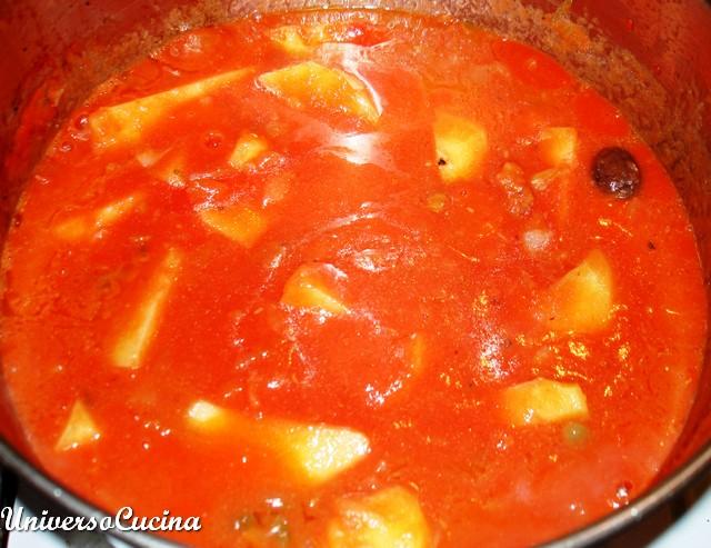 Aggiungere la salsa